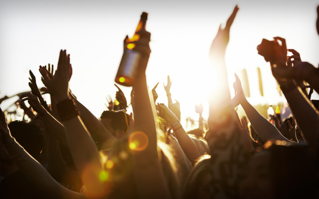 Letnie festiwale – marketing muzyczny wkroczył na scenę